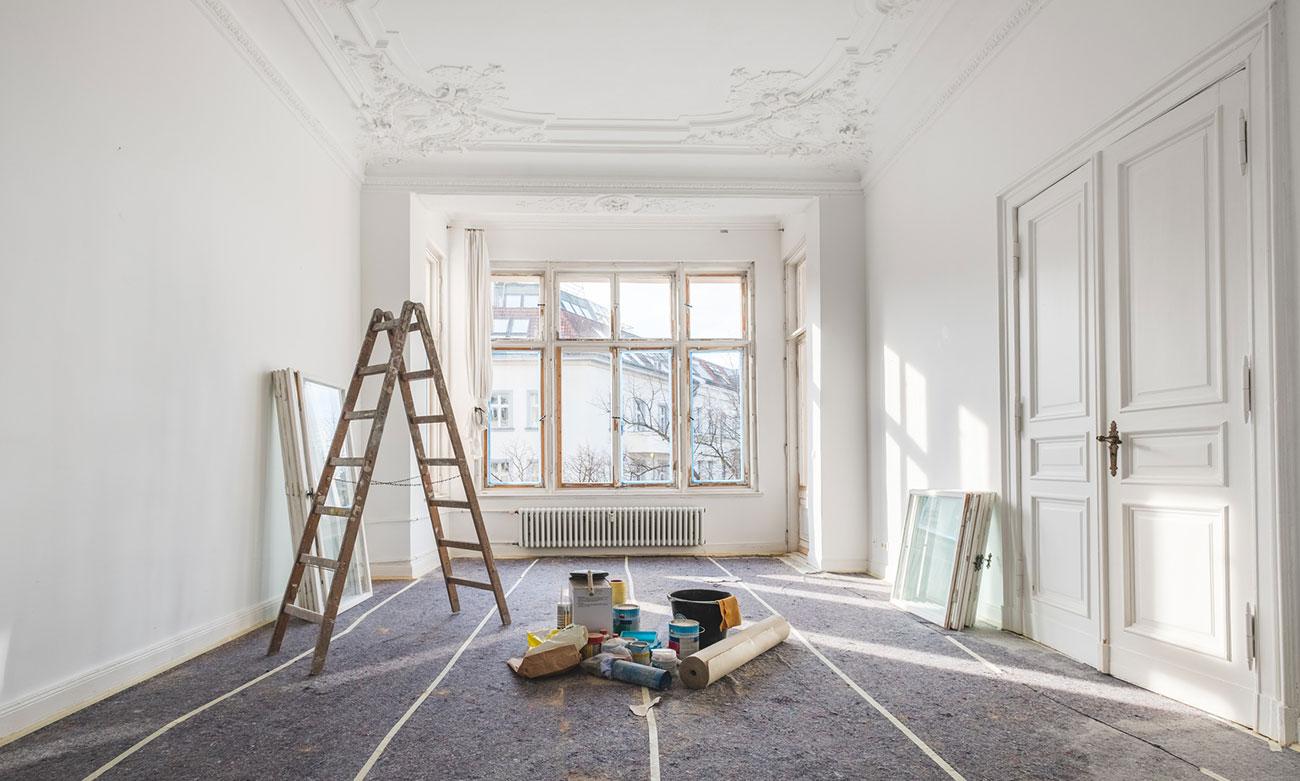 Wir geben Altbauten Ihrem ursprünglichem Charme mit unserern Stukkateurarbeiten zurück.